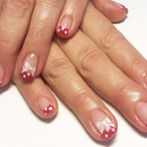 Minnie-Mouse-Nails