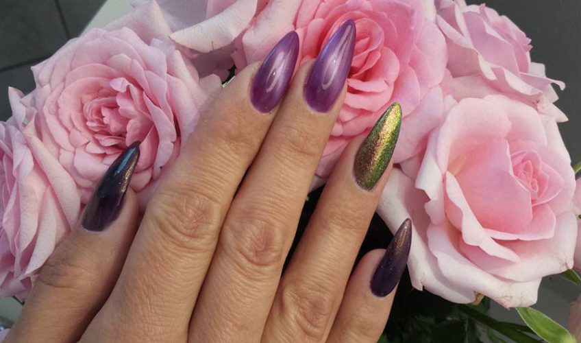 Nail-Design mit Cat's-Eye-Effekt